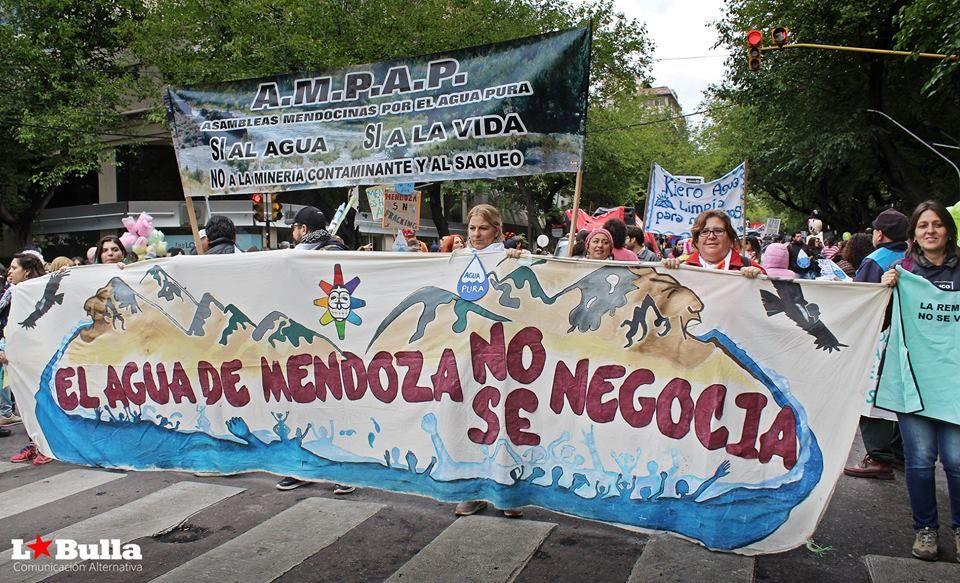 Mendoza-contramarcha-de-las-asambleas-no-a-la-megaminería.jpg